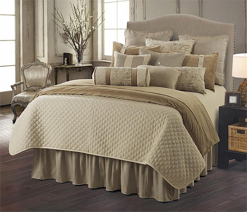 Fairfield Quilted Coverlet Bedding Set Super King