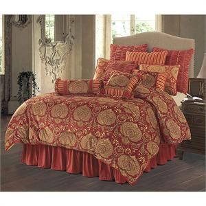 Lorenza Transitional Bedding Comforter Set